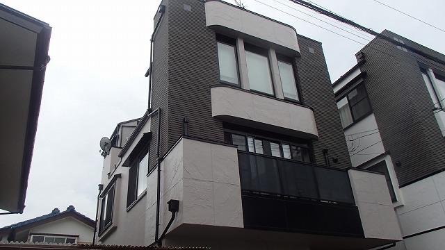 外壁の塗り完成の状態の様子