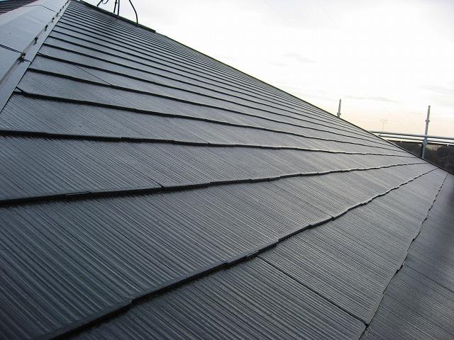 屋根塗装が完了した状態
