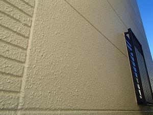 外壁塗装が完了した大宮区の一軒家の外壁