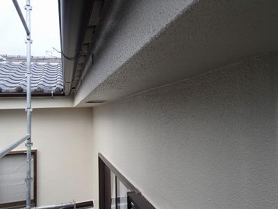 川口市でシーリングで【モルタル補修】と外壁塗装を行いました。