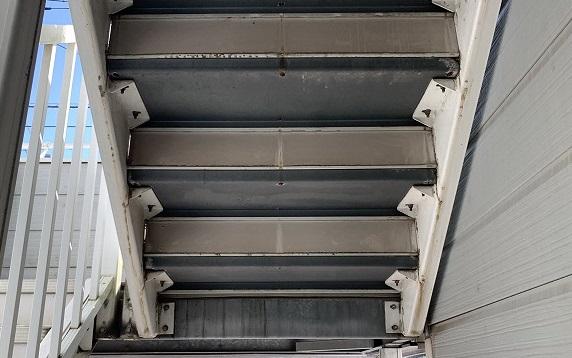 さいたま市北区 階段塗装前