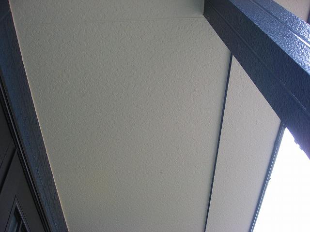軒天部分の補修と塗装