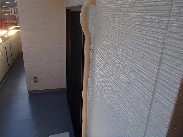 ベランダ内壁塗装